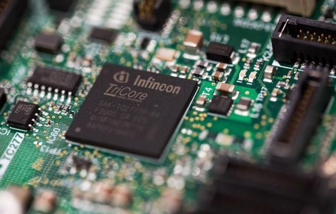 Hãng sản xuất chip hàng đầu nước Đức dừng cung cấp linh kiện cho Huawei - Ảnh 1.