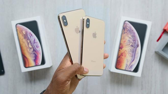Người đàn ông Trung Quốc dùng 1.500 chiếc iPhone giả để lừa Apple đổi cho hàng thật - Ảnh 1.