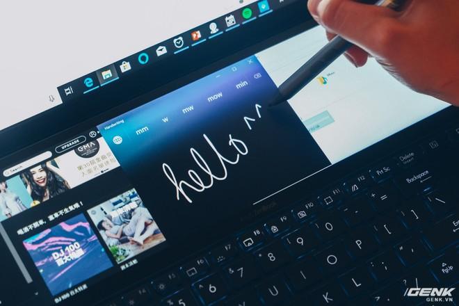 Cận cảnh Asus ZenBook Pro Duo vừa ra mắt với màn hình phụ cực lớn, màn hình chính OLED 4K, chip Core i9 - Ảnh 6.