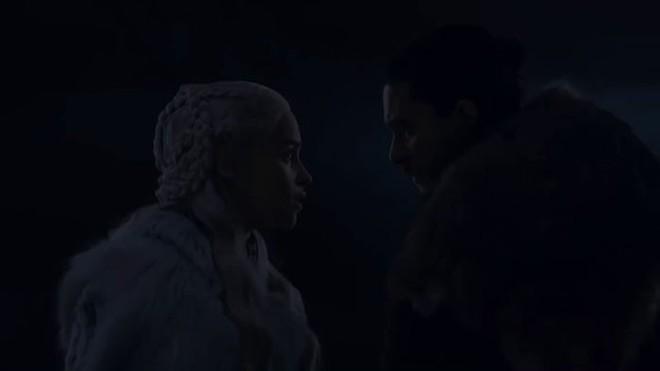 Đạo diễn hình ảnh đổ lỗi cho TV, fan bèn kéo sáng tập 3 SS8 Game of Thrones và phát hiện ra nhiều điều thú vị - Ảnh 5.
