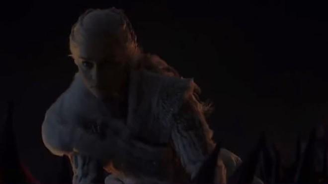 Đạo diễn hình ảnh đổ lỗi cho TV, fan bèn kéo sáng tập 3 SS8 Game of Thrones và phát hiện ra nhiều điều thú vị - Ảnh 12.