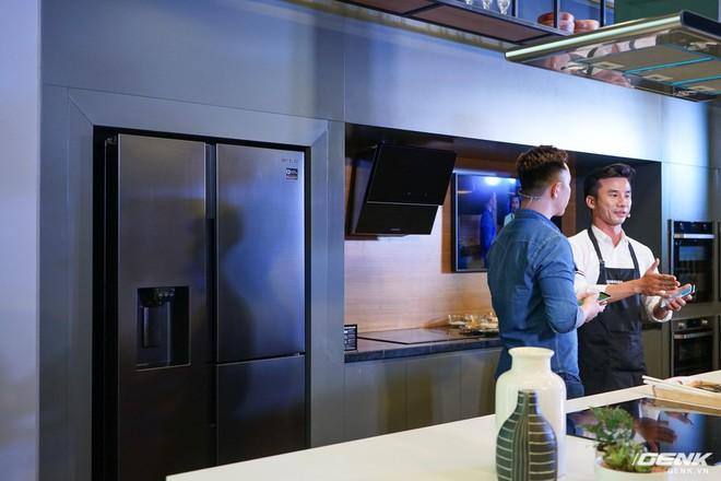 Quốc tế thiếu nhi: Cả nhà rủ nhau đến Showcase học làm bánh cupcake với công cụ không thể thiếu là chiếc tủ lạnh - Ảnh 3.