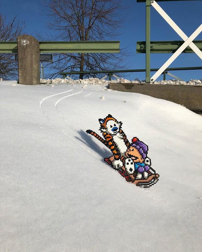 Nghệ sĩ Thụy Điển được tôn vinh vì phá hoại đường phố bằng pixel-art - Ảnh 4.