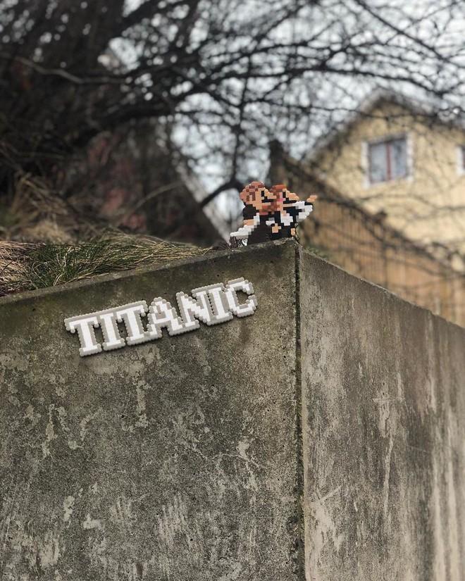 Nghệ sĩ Thụy Điển được tôn vinh vì phá hoại đường phố bằng pixel-art - Ảnh 12.