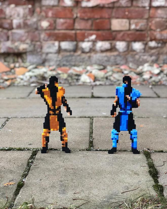 Nghệ sĩ Thụy Điển được tôn vinh vì phá hoại đường phố bằng pixel-art - Ảnh 20.