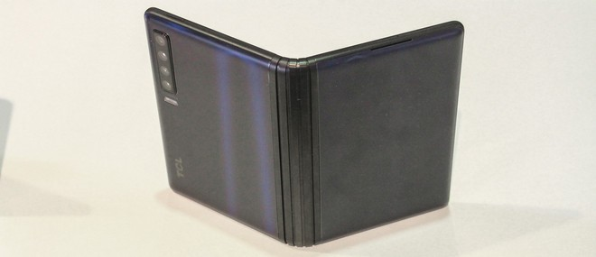 TCL sẽ bắt đầu sản xuất hàng loạt màn hình AMOLED dẻo vào Q4 2019 - Ảnh 2.