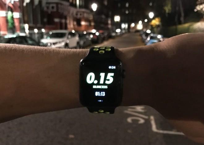 Nhân viên Amazon tuồn lô Apple Watch trị giá 100.000 USD ra khỏi nhà kho - Ảnh 1.