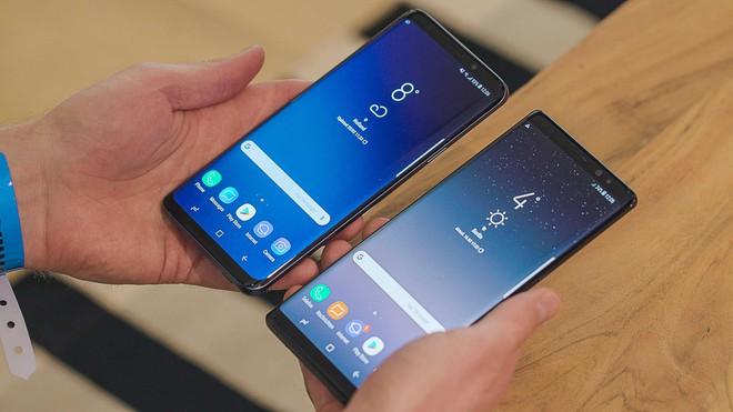 Mải chú ý Apple, người ta quên mất rằng Samsung lại vừa tạo ra thêm 1 trào lưu thành công nữa - Ảnh 1.