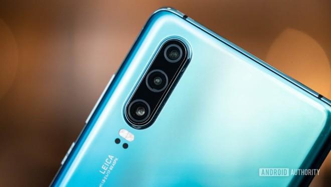 Huawei sẽ ra mắt hệ điều hành riêng ngay khi hết 90 ngày hoãn thi hành án phạt - Ảnh 1.