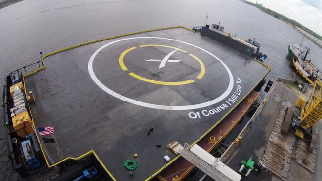 SpaceX kiện chính phủ Mỹ vì bị gạt khỏi bản hợp đồng tên lửa trị giá 2 tỷ USD, đây không phải lần đầu tiên Elon Musk làm vậy - Ảnh 5.
