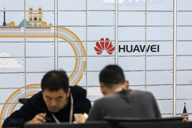 Huawei phủ nhận báo cáo cho rằng Tencent, Xiaomi đang thử nghiệm Hong Meng OS - Ảnh 1.
