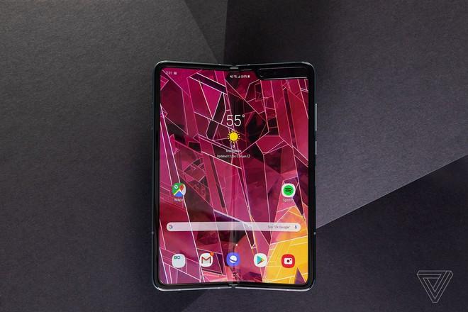 Galaxy Fold có thể sẽ được ra mắt cùng với Galaxy Note 10 vào tháng 8 tới đây - Ảnh 1.