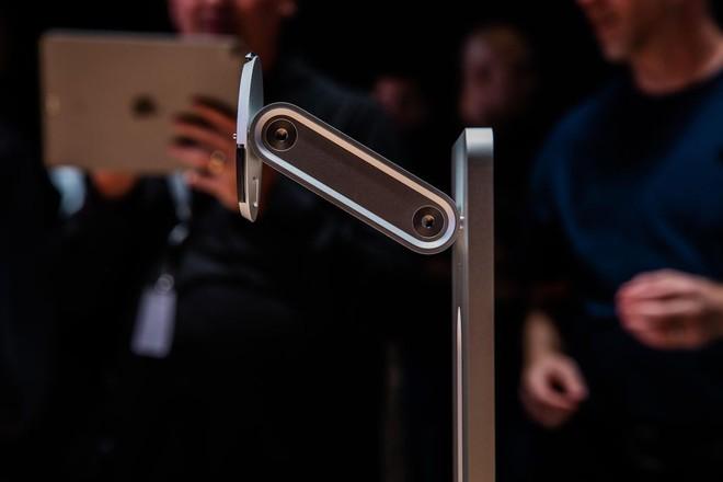 Đừng vội chê cái chân đế 1.000 USD của Apple, bởi thiếu gì những phụ kiện như thế với giá trên trời - Ảnh 1.