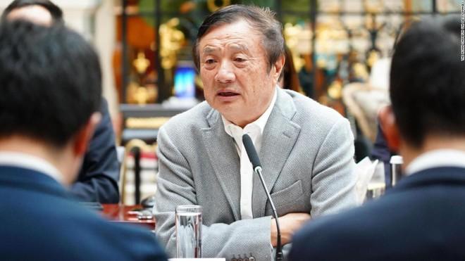 CEO Nhậm Chính Phi thừa nhận doanh thu của Huawei sẽ giảm xuống chỉ còn 100 tỷ USD trong năm 2019 và 2020 - Ảnh 1.
