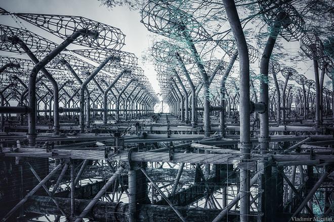 Từ vùng đất ma không ai dám bén mảng, nhà máy điện hạt nhân Chernobyl bỗng hóa xứ sở thần tiên đẹp lịm tim qua lăng kính của nhiếp ảnh gia - Ảnh 24.