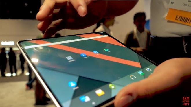 BOE trình diễn màn hình 12.3 inch có thể cuộn lại, mở đường cho smartphone có thể thu nhỏ, phóng to khi cần - Ảnh 3.