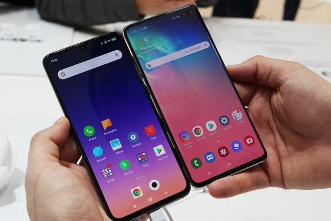 Nhìn thấu bản chất: Vì sao Samsung không chịu bán đầu bảng giá mềm mà cứ bán đắt rồi khuyến mại khủng? - Ảnh 1.