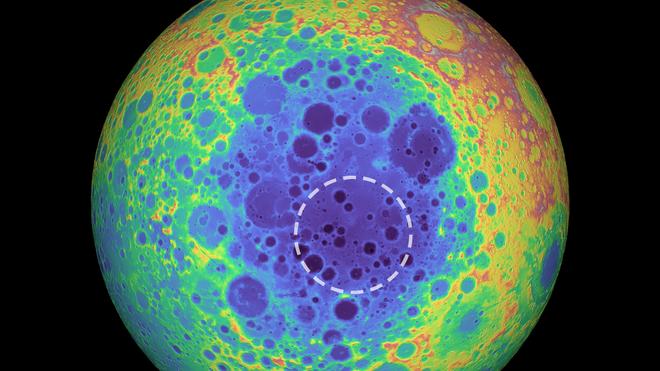 Một điểm dị thường rộng 50.000 km2 đang nằm dưới hố sao băng lớn nhất Mặt Trăng - Ảnh 1.