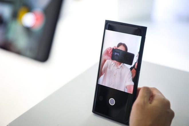 OPPO chính thức ra mắt smartphone có camera ẩn dưới màn hình đầu tiên trên thế giới - Ảnh 6.