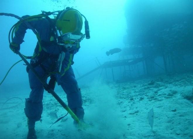 NASA huấn luyện các phi hành gia tham gia sứ mệnh Mặt Trăng trong phòng thí nghiệm dưới biển ở độ sâu 19 mét - Ảnh 7.