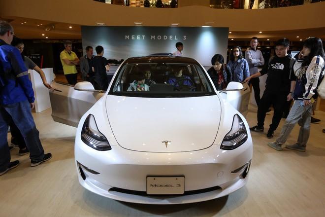Giá xe Tesla Made in China rẻ hơn Made in US tới 13% - Ảnh 1.