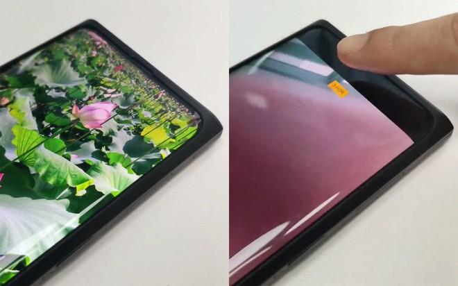 OPPO trình diễn smartphone đầu tiên trên thế giới có camera nằm hoàn toàn bên dưới màn hình - Ảnh 1.