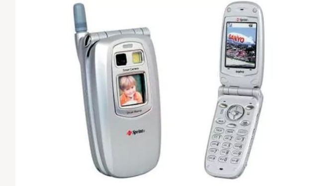 20 năm trước, chiếc điện thoại di động tích hợp camera đầu tiên đã ra đời như thế nào - Ảnh 7.