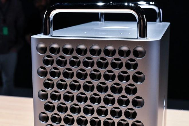 Cận cảnh Mac Pro mới: Thiết kế tối giản, ám ảnh những người sợ lỗ - Ảnh 4.