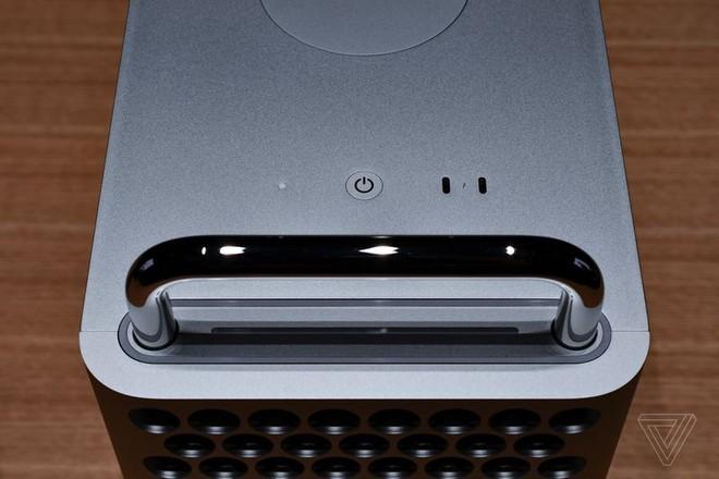 Cận cảnh Mac Pro mới: Thiết kế tối giản, ám ảnh những người sợ lỗ - Ảnh 7.
