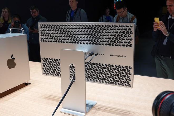 Cận cảnh Mac Pro mới: Thiết kế tối giản, ám ảnh những người sợ lỗ - Ảnh 10.