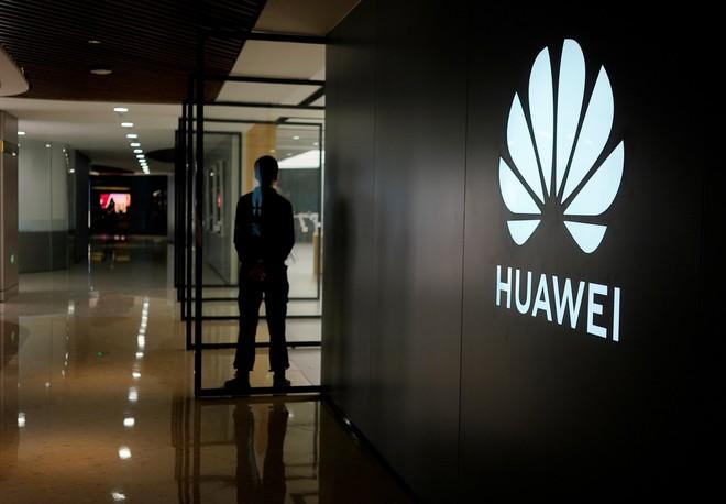 Báo cáo mới cho thấy Huawei đã cắt giảm và hủy bỏ nhiều đơn hàng từ nhà cung cấp sau lệnh cấm - Ảnh 1.