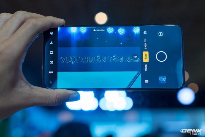 Oppo Reno chính thức ra mắt: 21 triệu đồng cho phiên bản cao cấp nhất, cú tấn công trực diện đến Samsung - Ảnh 7.