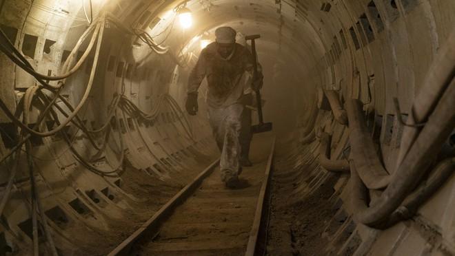 Chernobyl: Khúc ca bi tráng về thảm họa hạt nhân trở thành TV series có điểm số IMDb cao nhất mọi thời đại - Ảnh 3.