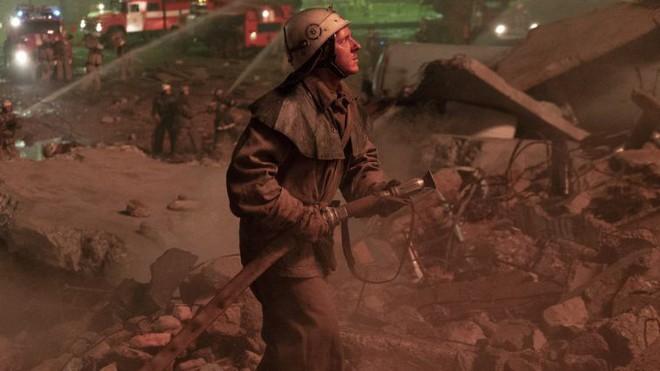 Chernobyl: Khúc ca bi tráng về thảm họa hạt nhân trở thành TV series có điểm số IMDb cao nhất mọi thời đại - Ảnh 7.