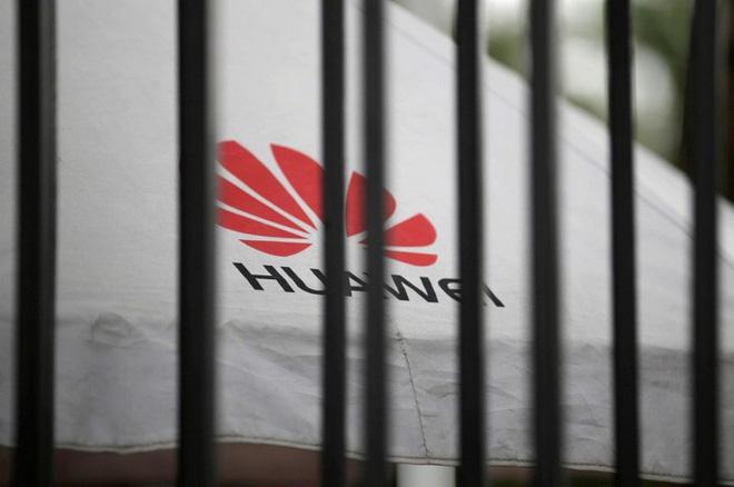 Lo ngại Huawei thừa sức đứng vững bằng hệ điều hành riêng, Google mong muốn nối lại hợp tác - Ảnh 2.