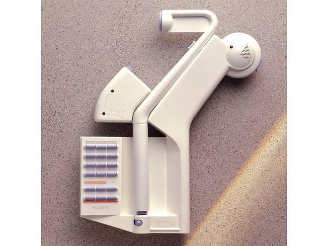 Ngoài iPhone, nhà thiết kế huyền thoại của Apple còn có nhiều sản phẩm thú vị khác chẳng ai ngờ tới - Ảnh 2.