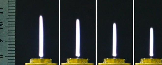 Các nhà khoa học đang nghiên cứu kiếm ánh sáng - lightsaber tí hon mà con người có thể chạm vào, dùng trong lĩnh vực y tế - Ảnh 1.