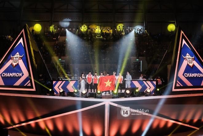Kỳ tích: Đội tuyển Việt Nam (Team Flash) đánh bại đối thủ mạnh thế giới, đăng quang ngôi vô địch AWC 2019, rinh giải thưởng 4,6 tỉ đồng - Ảnh 19.