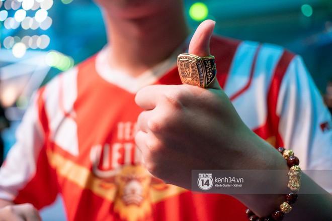 Kỳ tích: Đội tuyển Việt Nam (Team Flash) đánh bại đối thủ mạnh thế giới, đăng quang ngôi vô địch AWC 2019, rinh giải thưởng 4,6 tỉ đồng - Ảnh 20.