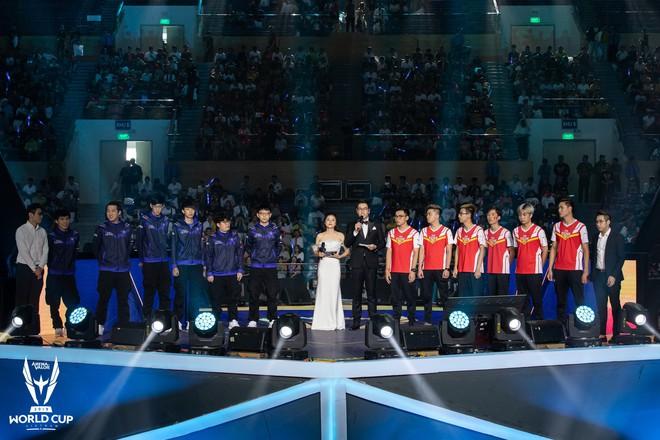 Kỳ tích: Đội tuyển Việt Nam (Team Flash) đánh bại đối thủ mạnh thế giới, đăng quang ngôi vô địch AWC 2019, rinh giải thưởng 4,6 tỉ đồng - Ảnh 4.
