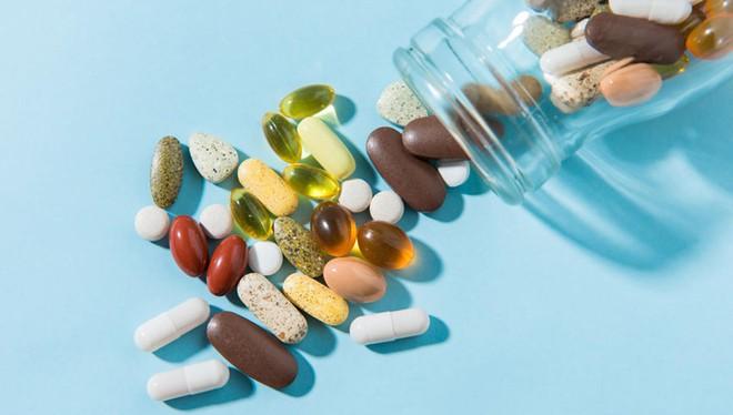 Không giúp cải thiện sức khỏe tim mạch, một số thực phẩm chức năng còn làm tăng nguy cơ đột quỵ - Ảnh 1.