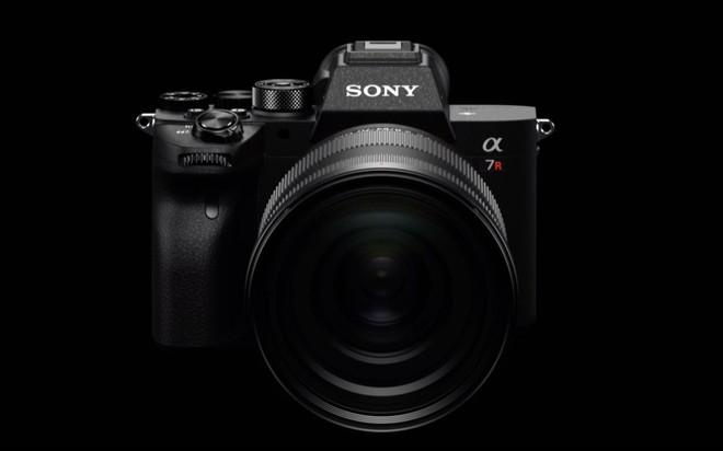 Sony công bố Alpha a7RIV: Máy ảnh Full-frame 61MP đầu tiên trên Thế giới - Ảnh 1.