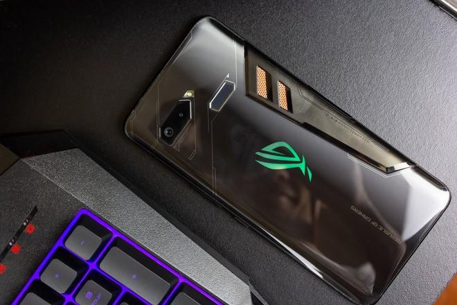 Asus ROG Phone II sẽ là smartphone đầu tiên sử dụng chip mới Snapdragon 855 Plus - Ảnh 1.