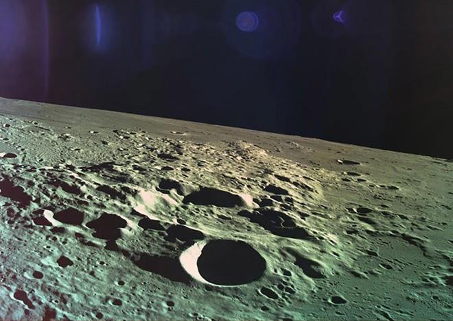 Chuyện gì sẽ xảy ra nếu chúng ta phá hủy Mặt trăng? - Ảnh 2.