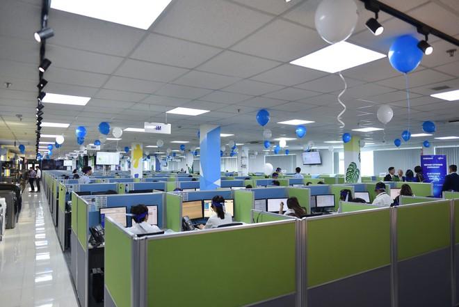 Lần đầu tiên tại Việt Nam, một hãng điện tử có tổng đài hỗ trợ 24/7 - Ảnh 1.