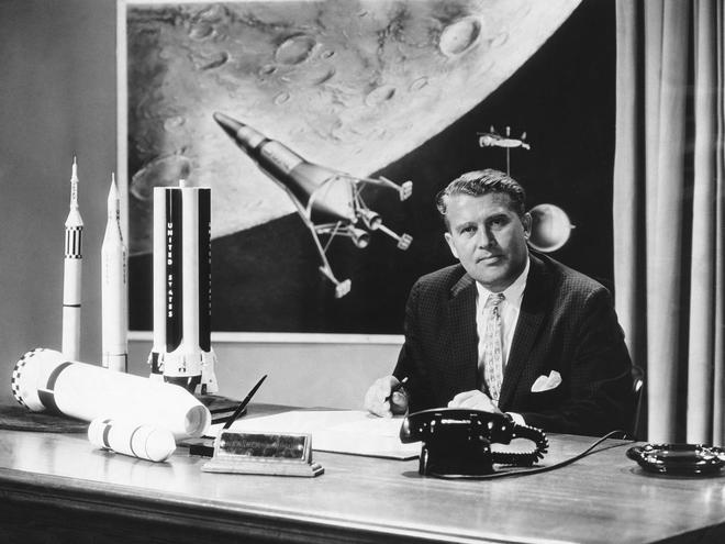Tại sao ngày xưa chưa có Internet để tìm thông tin mà người ta vẫn tin việc người Mỹ đặt chân lên Mặt Trăng là giả? - Ảnh 3.