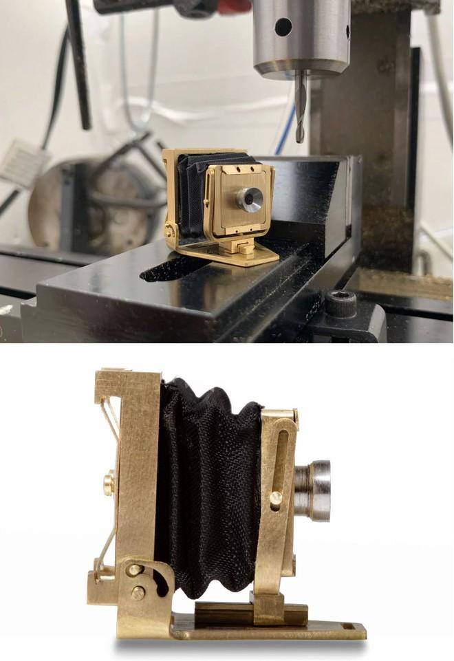 Đây là chiếc máy ảnh gấp hoạt động được nhỏ nhất Thế giới, không lớn hơn một đồng xu mấy - Ảnh 8.