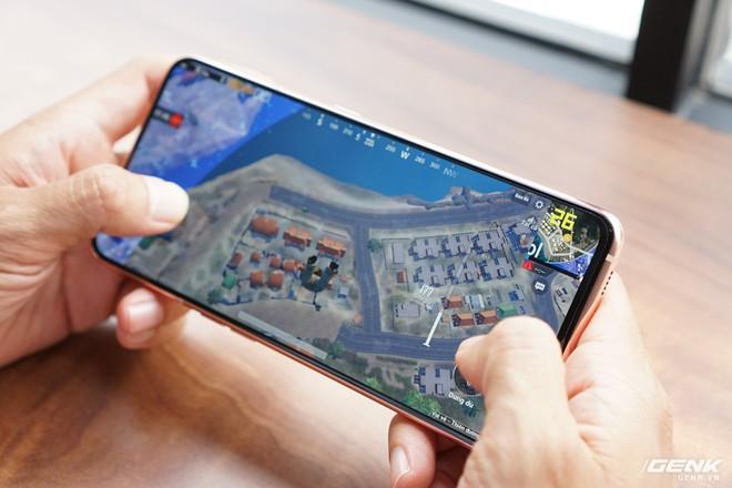Trải nghiệm game trên Samsung Galaxy A80: màn hình thực sự tràn viền và chip Snapdragon 730G có đáng tiền? - Ảnh 4.