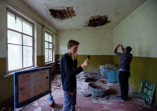 Ghé thăm Chernobyl có nguy hiểm không? Hãy nghe một chuyên gia chất thải phóng xạ trả lời - Ảnh 6.