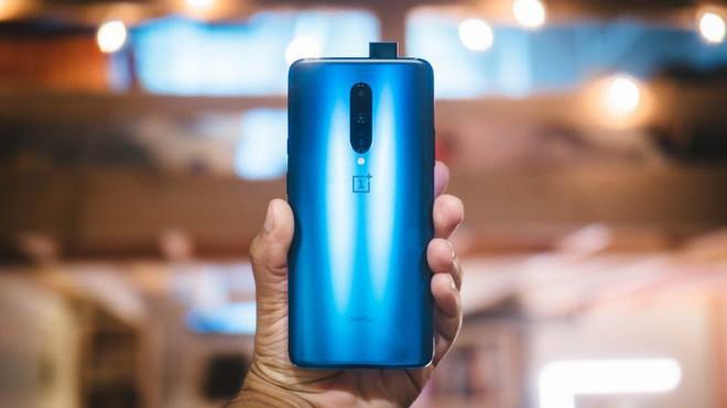 Chán tai thỏ và giọt nước thì hãy chọn 5 smartphone màn hình không khiếm khuyết này để chơi game cho đã - Ảnh 10.